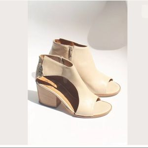 BRAWN'S OPEN TOE ANKLE BOOTS booties